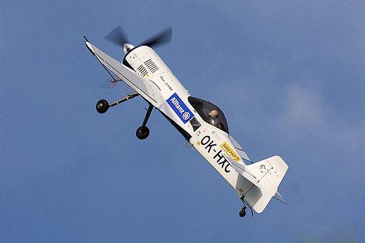 Letecká akrobacie